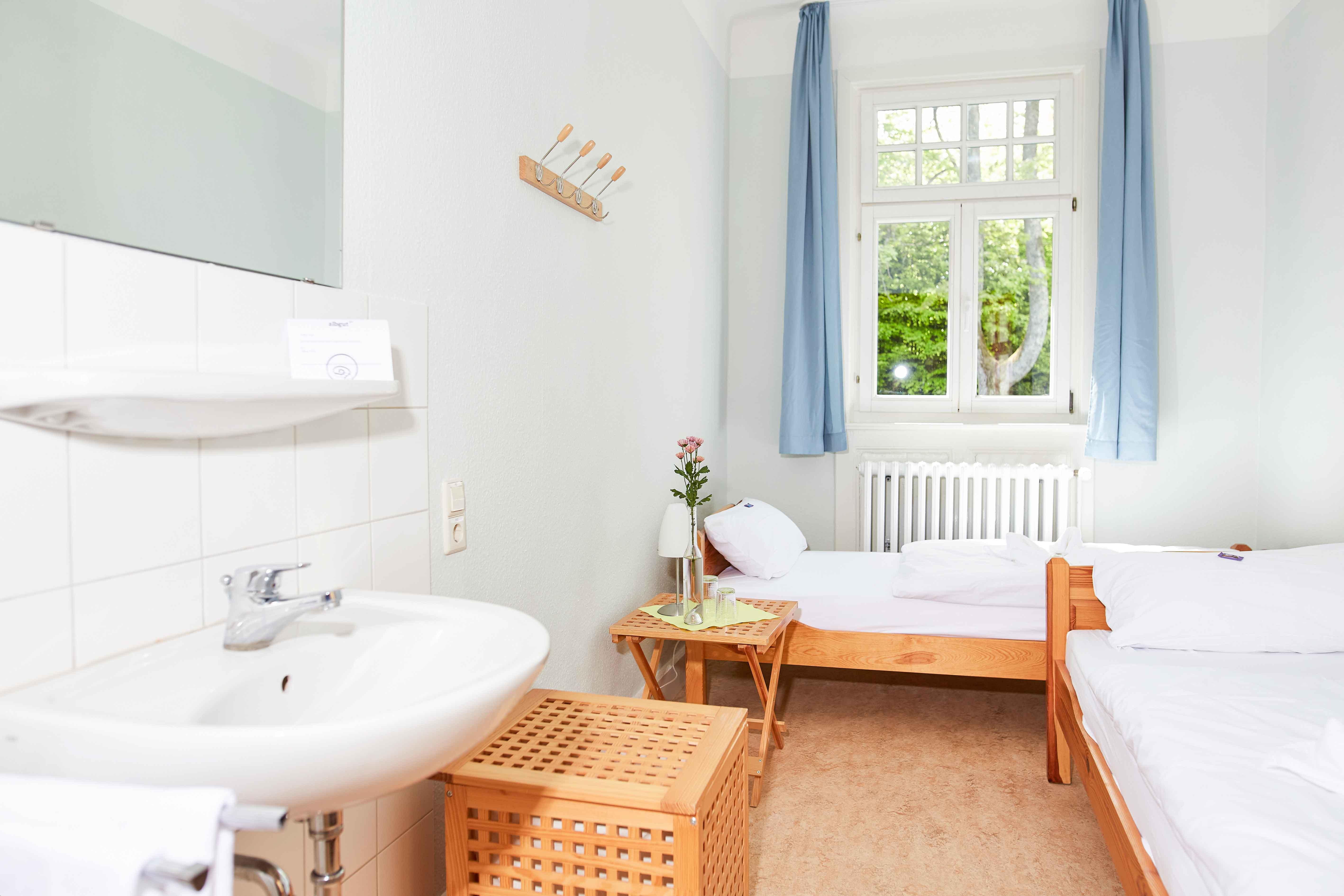 event bernachtung albgut. Black Bedroom Furniture Sets. Home Design Ideas